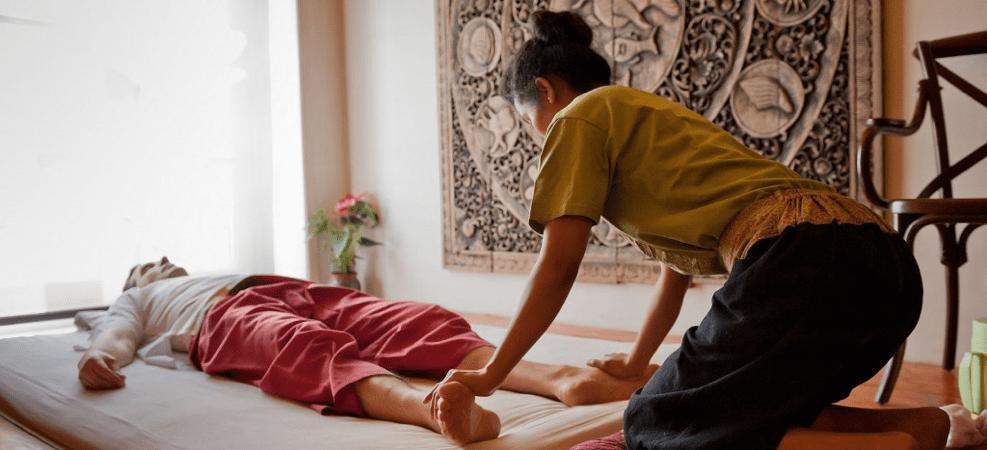 کاهش استرس با ماساژ تایلندی